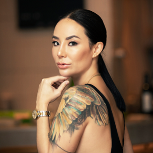 Lindsay Jang (Co-Owner and Co-Founder, Yardbird, RONIN, Sunday's Grocery, Sunday's Spirits, and MISSBISH)